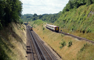 Later in the day 66711 on the Crawley to Thorney Mill is on the original Brighton mainline between Merstham and Coulsdon South, whilst a pair of 442s hurry south along the Redhill avoiding or Quarry Line.