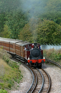 It was a different matter altogether on the 14:30 return from Chesham. 1 could be heard raising the roof for at least five minutes before it appeared. The exhaust was almost vertical as the 118 year old locomotive climbed the gradient out of the Chess Valley