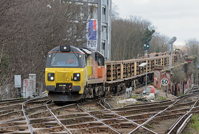 70804 rattles over the complicated trackwork, the load consisted of cwr, cwr laying machinery and ballast hoppers.