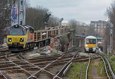Seven minute later 70804 appeared on the 6Y41 departental, whilst a Barnehurst bound 376 approached from St Johns.